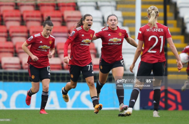 Manchester United 2-2 Manchester City: WSL title challengers hold each other in frantic derby