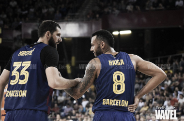 Nikola Mirotic y Adam Hanga FC Barcelona - Valencia Basket / FOTO: Noelia Déniz (VAVEL)