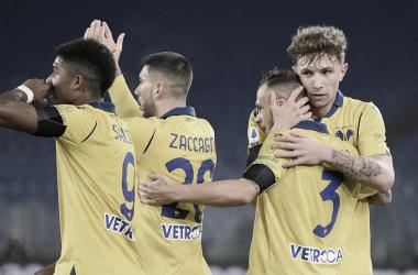 Hellas Verona vence Lazio fora de casa e se aproxima do topo da Serie A