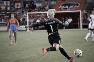 Dash goalkeeper Bianca Henninger earns her first shuout of the season. | Photo: Keeper Notes