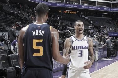 Rodney Hood e George Hill. Fonte: Cleveland Cavaliers/Twitter