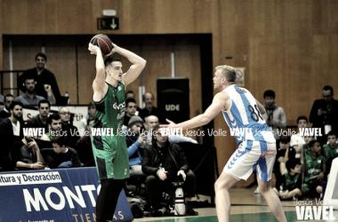 Tomasz Gielo en el partido de la primera vuelta ante el GBC | Fotografía: Jesús Valle (VAVEL.com)