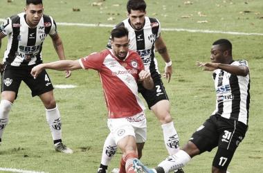 Argentinos Juniors arriba en los duelos