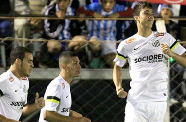 Com time de garotos, Santos vence Crac e se classifica