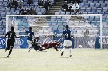 Momento del gol de Yacine ante el Recreativo de Huelva (Foto: UD Melilla)