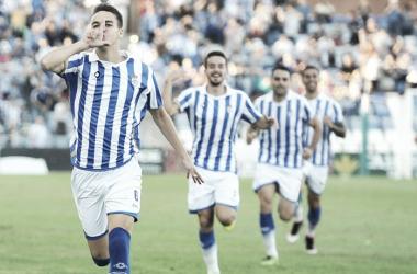 Dani Molina 'cierra' su etapa como jugador del Recreativo de Huelva