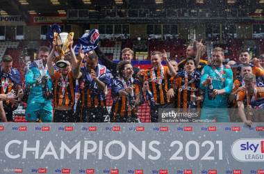 LONDON, ENGLAND - MAY 09: Hull City celebrate winning League One during the Sky Bet League One match between Charlton Athletic and Hull City at The Valley on May 9, 2021 in London, England. (Photo by Stephanie Meek - CameraSport via Getty Images)