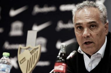 Husillos en rueda de prensa en su etapa en el Málaga CF   Foto: Málaga CF