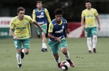 Eduardo Baptista explica corte de Hyoran do Campeonato Paulista