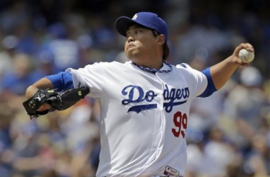 Los Angeles Dodgers Hyun-Jin Ryu Shut Down with Shoulder Inflammation