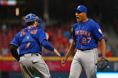 Jeurys Familia and Travis d'Arnaud celebrate the final pitch of Saturday's game against the Reds that sealed the N.L East crown (AP Photo/Aaron Doster)