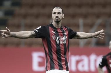 Com grande atuação de Ibrahimovic, Milan vence Bologna na rodada de abertura da Serie A