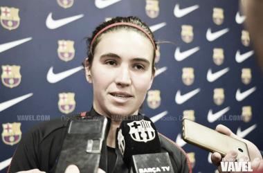 Mariona Caldentey atendiendo a los medios. Foto: Noelia Déniz, VAVEL