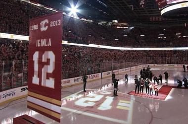 Los Flames honran a Jarome Iginla retirando su legendario número 12 | Foto: NHL.com
