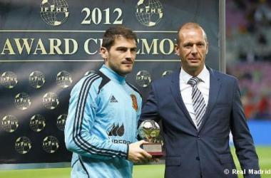 Casillas es galardonado por 5ª vez consecutiva como mejor portero del Mundo