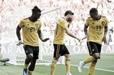 Bélgica vuelve a golear y pone firme su paso a la siguiente ronda