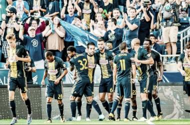 Ilsinho celebrates his goal against FC Dallas with teammates. | Source: Philadelphia Union on Twitter