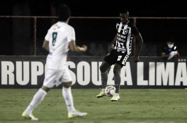 Botafogo empata com Portuguesa, mas avança à semifinal da Taça Rio