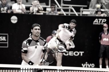 Sinone Bolelli a direita e Fabi Fognini a esquerda durante a partida no Brasil Open. Foto:Renato Okabayashi Miyaji/Vavel Brasil