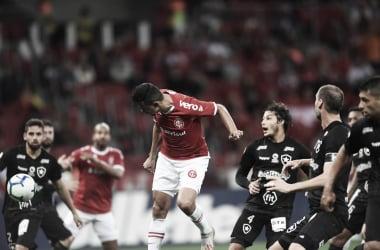 Em jogo movimentado de cinco gols, Internacional bate Botafogo no Beira Rio