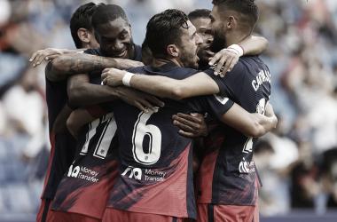 El equipo celebrando el tanto final de Lemar | Foto: Atlético de Madrid