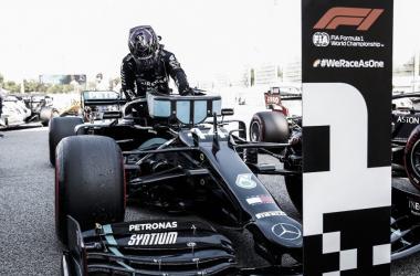 Hamilton é 0s59 mais rápido que Bottas e crava pole para GP da Espanha