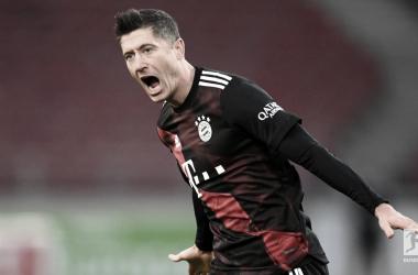Bayern de Munique tem trabalho, mas derrota Stuttgart e abre vantagem na ponta