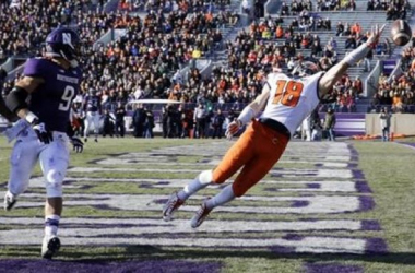 Top Illinois Receiver Dudek Out With Torn ACL
