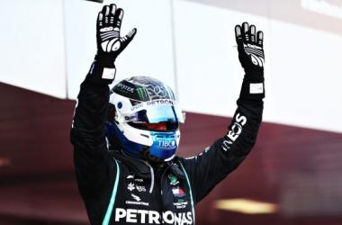 Bottas y Verstappen le roban la cartera a Hamilton