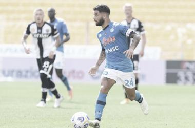 Napoli administra jogo e estreia na Serie A com vitória sobre Parma