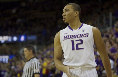 Washington guard Andrew Andrews will try to guide the Huskies to a 1-0 start to the season in tonight's Spotlight Game against the Texas Longhorns. Photo courtesy of Drew Sellers of Sportspress Northwest.