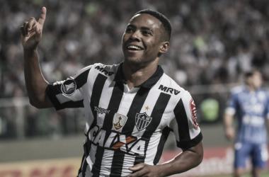 Desejo do novo técnico Thiago Larghi, volante Elias e Goiás estão perto de fechar acordo