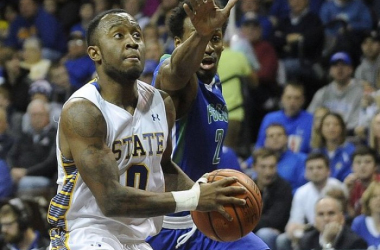 Spotlight Game Alert! South Dakota State's leading scorer Deondre Parks will lead the Jackrabbits in a mid-major showdown versus Middle Tennessee this afternoon. Photo courtesy of Emily Spartz and the Argus Leader.