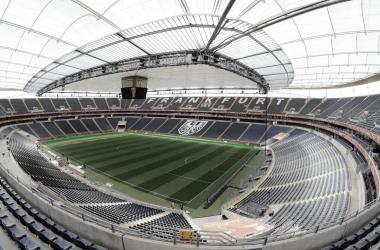 Eintracht Frankfurt consegue liberação para ter 6,5 mil torcedores no estádio