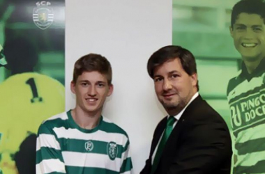 Gauld signs for Sporting Lisbon.