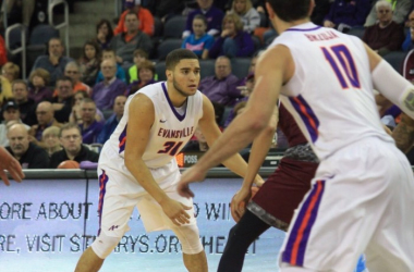 Photo courtesy of Bob Pristash and the Evansville Purple Aces men's basketball twitter handle (@UEAthletics_MBB).