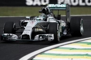 F1 Brasile, Rosberg davanti anche nelle prove libere 2