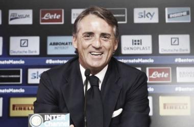 """Mancini: """"Si parla solo di Yaya. Complimenti ai tifosi per la coreografia"""""""