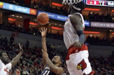 Notre Dame Comes In And Dominates Louisville In An ACC Showdown