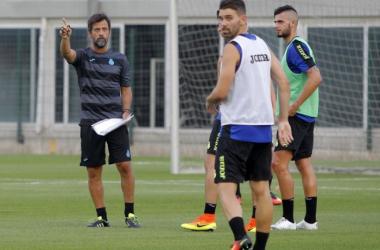 Quique Sánchez Flores dirige su primer entrenamiento con el Espanyol