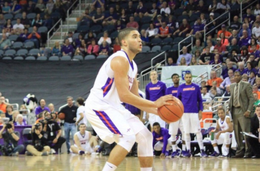 Photo courtesy of Bob Pristash and the Evansville Purple Aces' twitter handle (@UEAthletics_MBB).