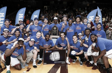Winthrop players pose with the championship trophy after winning the Big South tournament/Photo: Winthrop athletics website