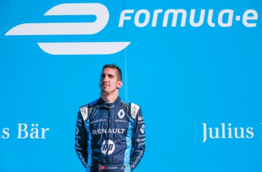 Sebastien Buemi's disqualification hands title rival Lucas di Grassi an 18 point advantage going into the finale. (Image Credit: Renault E.Dams)
