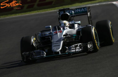 A good start is crucial for Lewis Hamilton as the run down to T1 is 890m. (Image Credit: Sutton Images)
