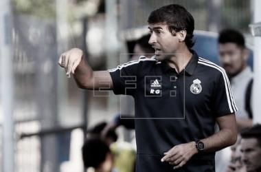 Años después de una larga etapa como jugador, Raúl González sigue ligado al Real Madrid | Foto: Agencia EFE