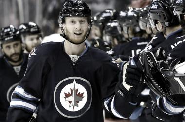 Winnipeg elimina a Edmonton tras tres prórrogas