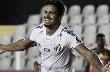 Com janela fechada, Lucas Veríssimo permanece no Santos apesar de interesse do Porto