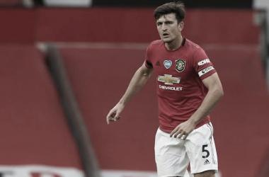 """""""Estão arrasados"""", revela Maguire após eliminação do Manchester United na Liga Europa"""