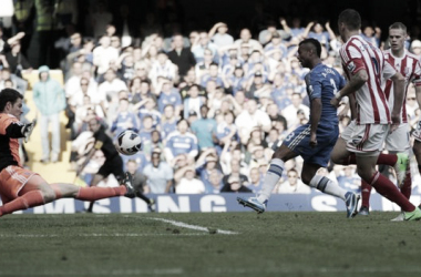 Ashley Cole scores a late winner for Chelsea (BBC)