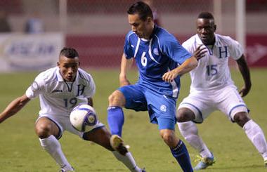 Honduras, la Selección campeona, no pudo mantener la ventaja contra El Salvador